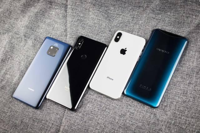 华为P系列和Mate系列的价格就几乎已经是国产手机品牌的天花板了