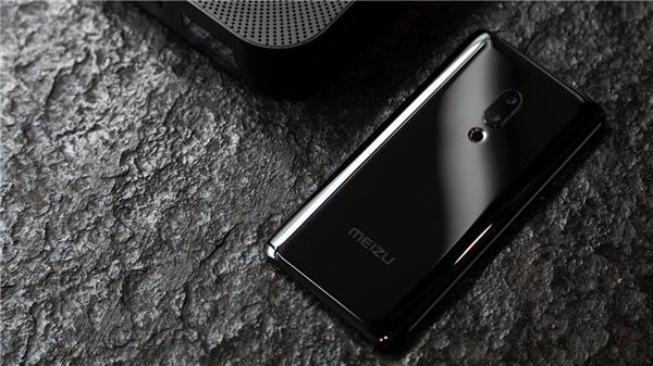 首款真无孔全无线手机正式发布 魅族zero开响2019年新品第一枪