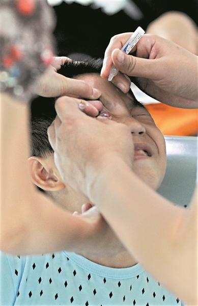 青少年视力尤其堪忧近视率居世界第一