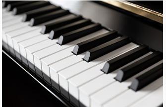 困难户慰问现场现30万钢琴什么情况?