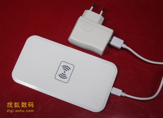 某国产无线充电器