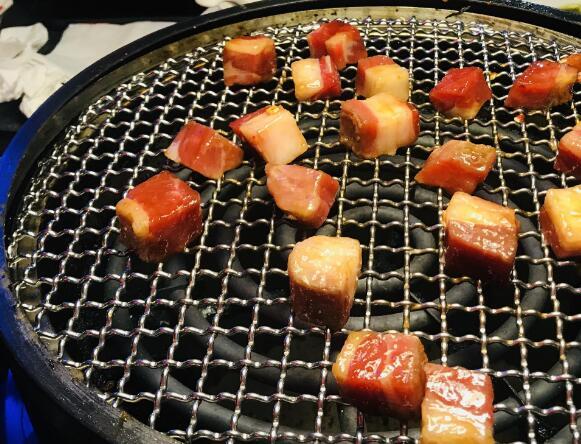 地桌烤牛肉加盟条件【总部费用】
